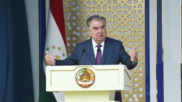 Выступление президента Таджикистана Эмомали Рахмона  - Sputnik Таджикистан