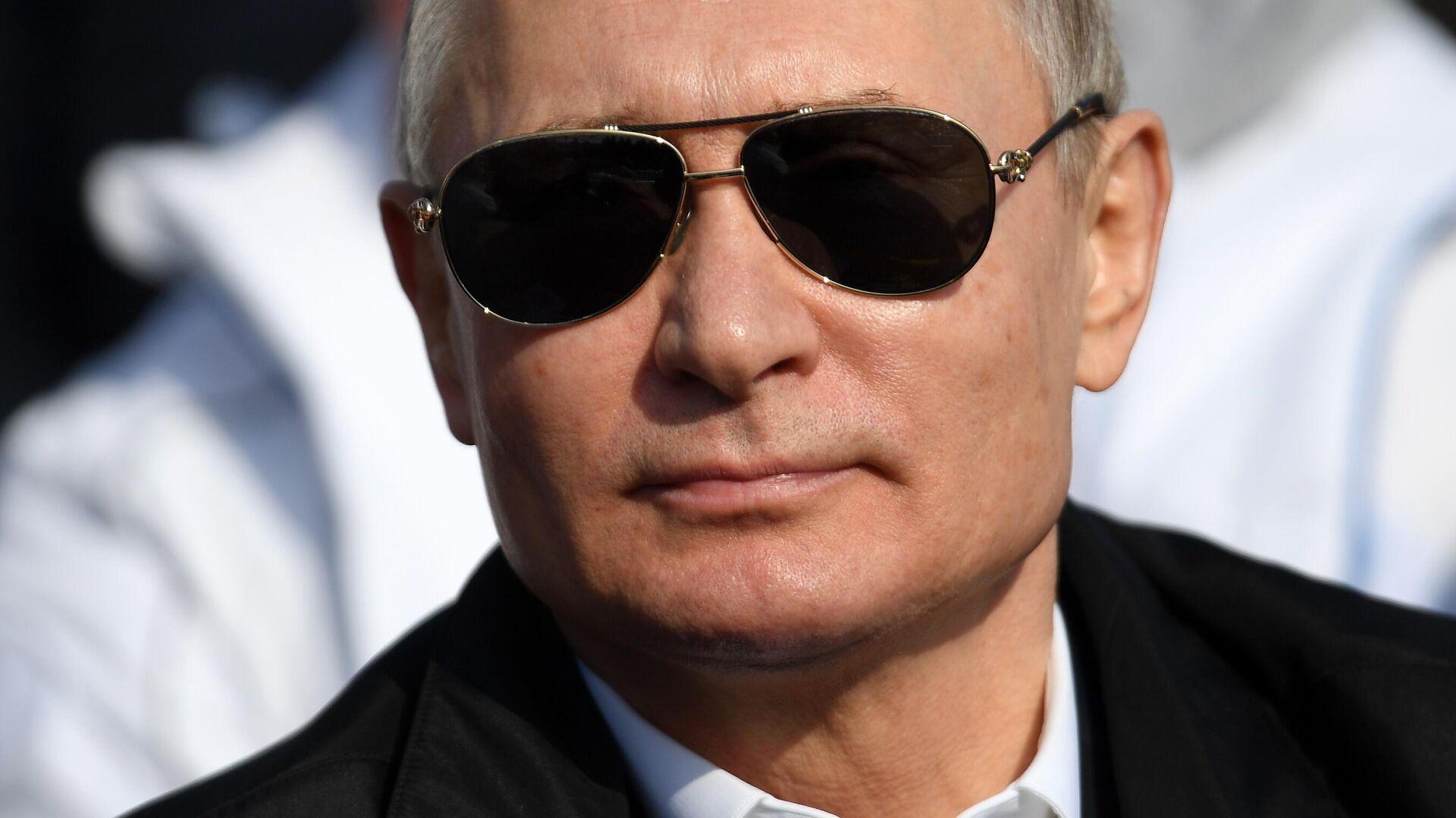 Президент РФ Владимир Путин - Sputnik Таджикистан, 1920, 12.10.2021
