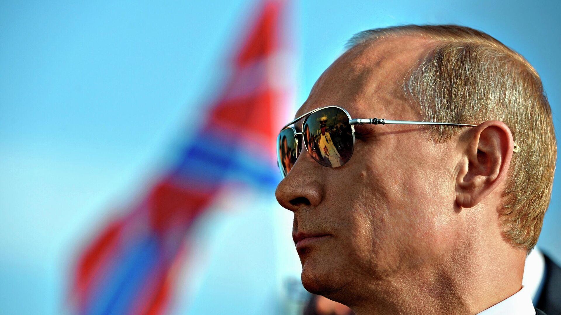 Президент России Владимир Путин - Sputnik Таджикистан, 1920, 14.10.2021