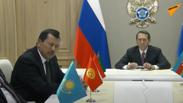 Глава ГКНБ Таджикистана Саймумин Ятимов  - Sputnik Тоҷикистон