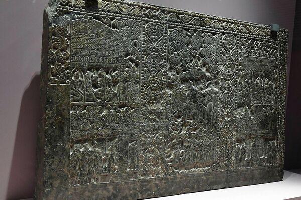 Представленные экземпляры собраны из двух крупных музеев -  душанбинского Национального музея и Национального музея археологии. - Sputnik Таджикистан