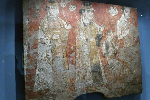Известно, что во время выставки посетителям также будут показаны таджикские фильмы и видеоролики об исторических и туристических объектах Таджикистана на нескольких языках. - Sputnik Таджикистан
