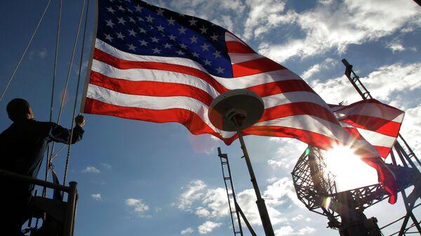 Военные с американским флагом - Sputnik Тоҷикистон