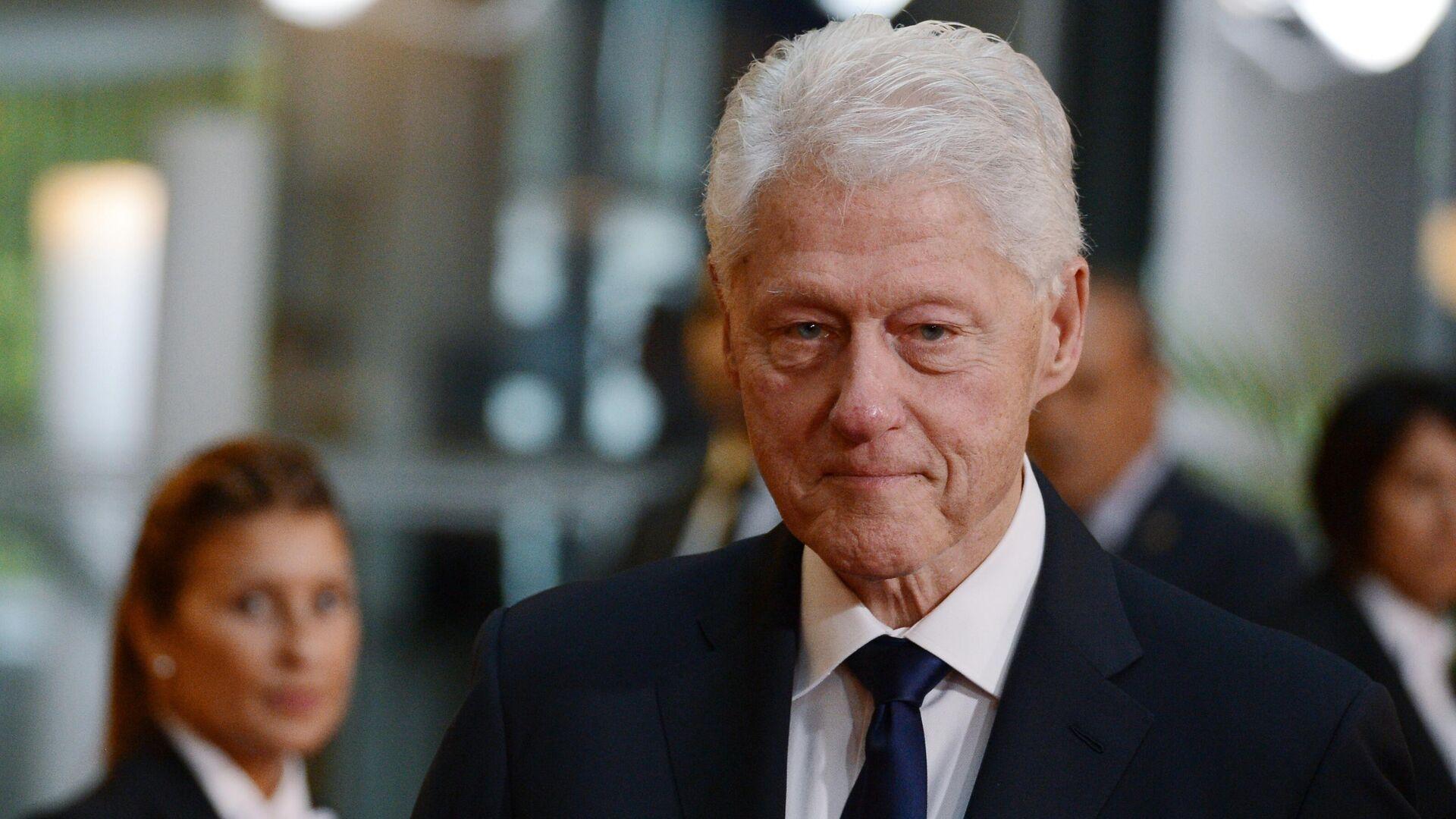 Стала известна причина госпитализации экс-президента США Клинтона