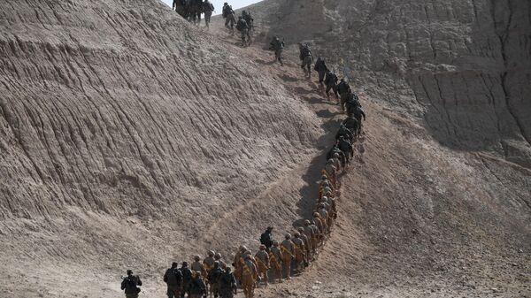 Военнослужащие на оперативно-стратегических учениях коллективных сил Организации Договора о коллективной безопасности (ОДКБ) - Sputnik Таджикистан