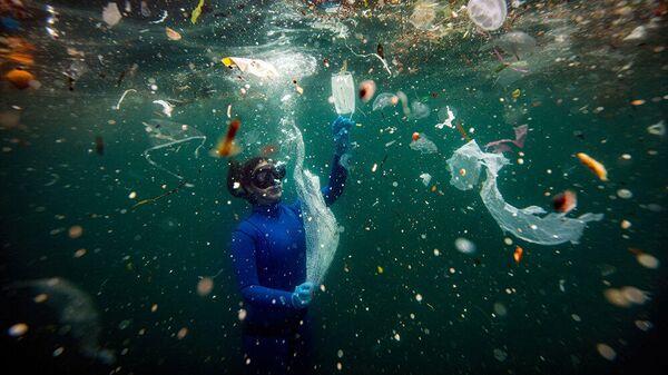 Новая опасность для подводного мира: отходы COVID-19 - Sputnik Тоҷикистон
