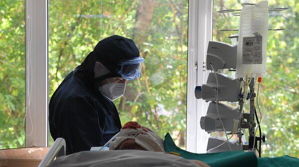 Лечение больных с COVID-19  - Sputnik Таджикистан