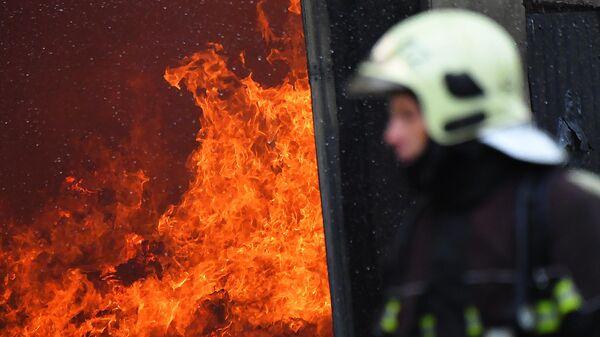 Пожар на складе, архивное фото - Sputnik Таджикистан