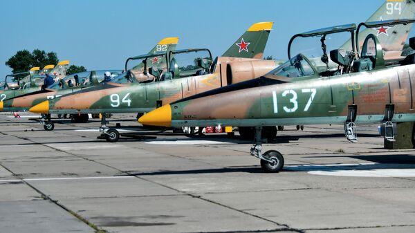 Летная практика в Краснодарском высшем военном авиационном училище - Sputnik Таджикистан