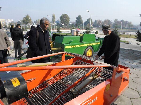 Выставка Iran Expo-2014 в Душанбе - Sputnik Таджикистан
