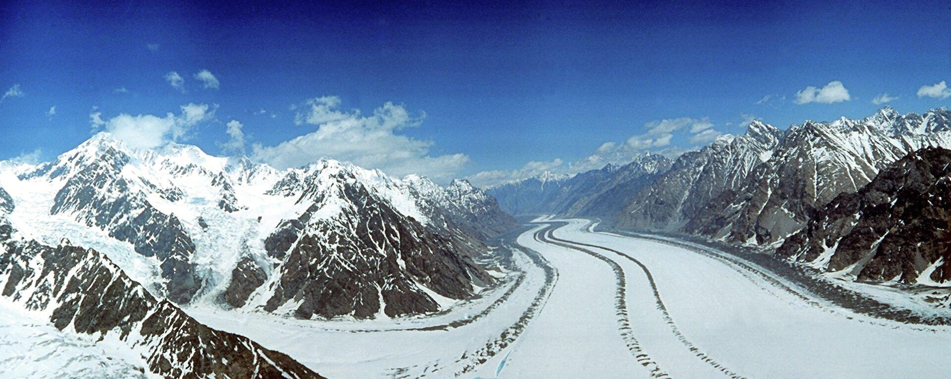 Ледники Памира. Архивное фото - Sputnik Таджикистан, 1920, 13.07.2021