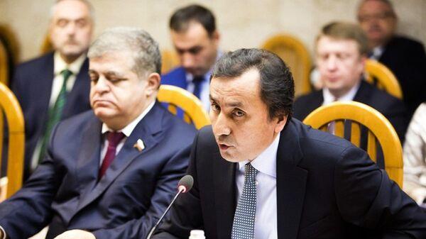 Посол РТ в РФ Имомуддин Сатторов на заседании интеграционного клуба при председателе Совета федерации. 13 ноября - Sputnik Таджикистан