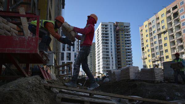 Строительство жилых домов. Архивное фото - Sputnik Таджикистан