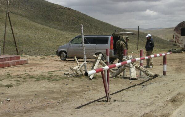 На границе Кыргызстана. Архивное фото - Sputnik Таджикистан