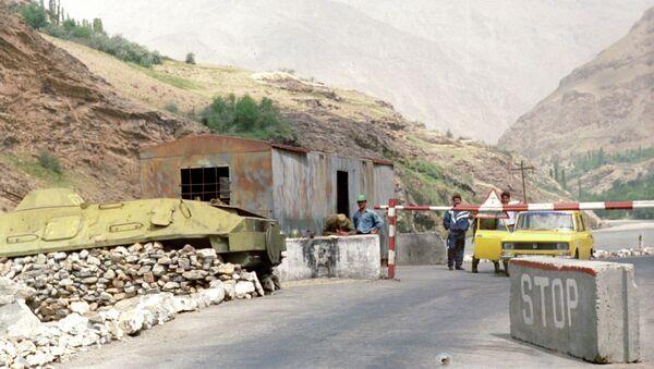 Пограничный пост на границе Таджикистана. Архивное фото - Sputnik Тоҷикистон
