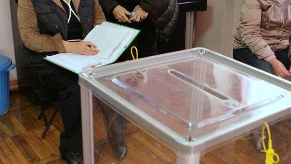 Урна для голосования, архивное фото - Sputnik Таджикистан