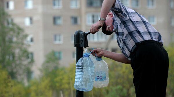 Отключение питьевой воды. Архивное фото - Sputnik Тоҷикистон