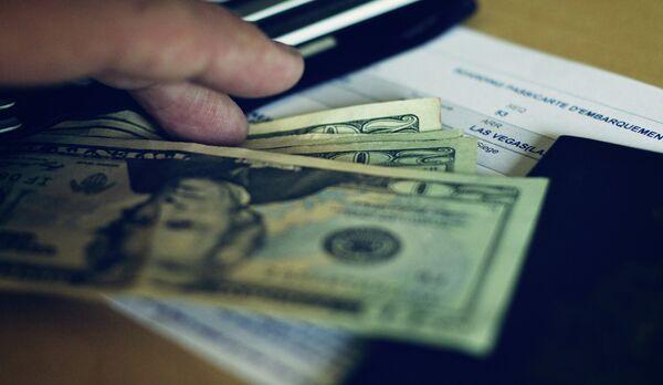 Доллары США - Sputnik Таджикистан