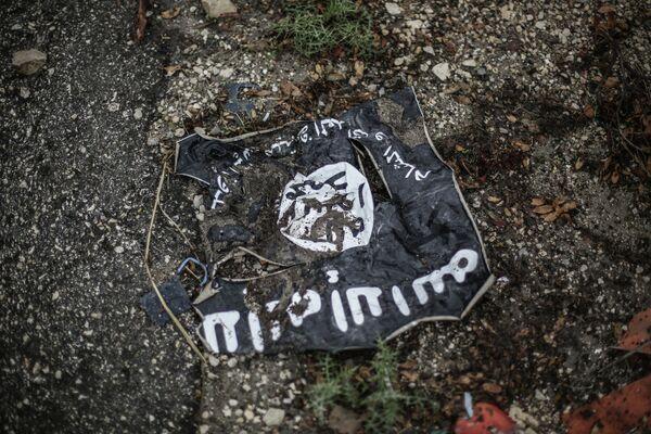 Флаг радикальной исламистской организации. Архивное фото - Sputnik Таджикистан