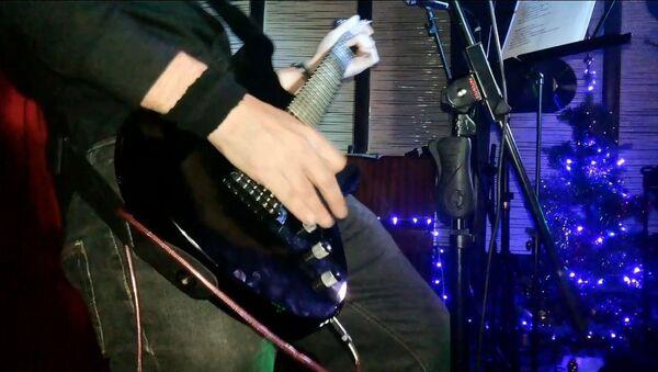 Предновогодний рок концерт в Душанбе - Sputnik Таджикистан