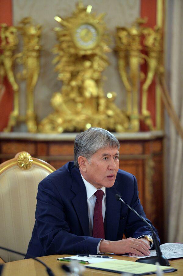 Алмазбек Атамбаев на заседании Высшего Евразийского экономического совета. Фото с места событий. - Sputnik Таджикистан