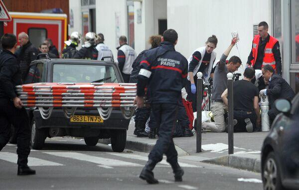 Нападение  на офис Charlie Hebdo. Фото с места события - Sputnik Таджикистан