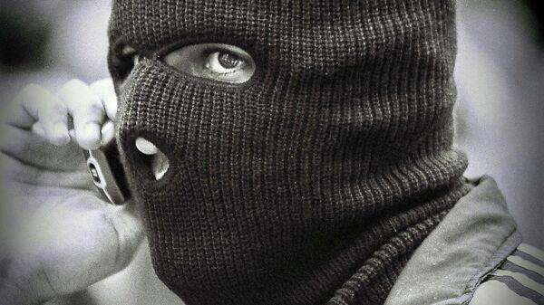 Человек в маске - Sputnik Таджикистан