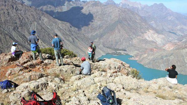 Иностранные туристы в Таджикистане. Архивное фото - Sputnik Таджикистан