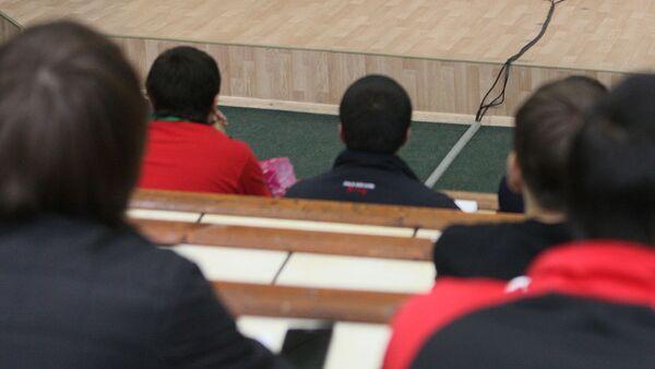 Студенты. Архивное фото - Sputnik Таджикистан