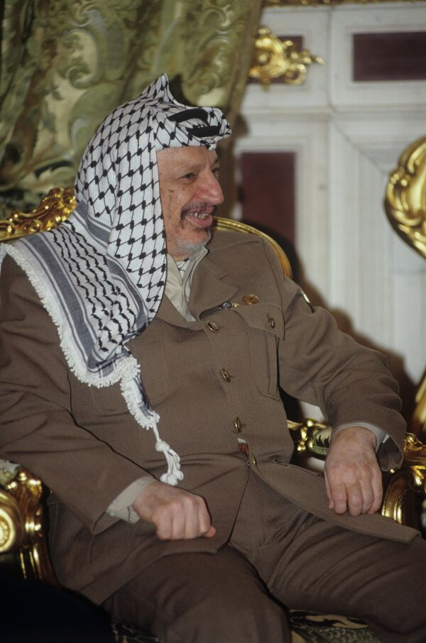 Ясир Арафат. Архивное фото. - Sputnik Таджикистан