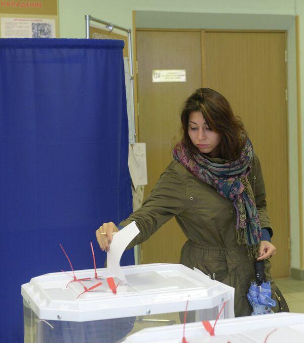 Голосование на выборах. Архивное фото - Sputnik Таджикистан