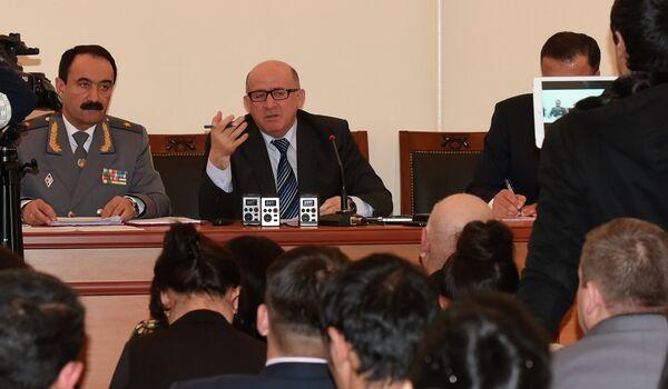 Директор Агентства по борьбе с коррупцией Абдуфаттох Гоиб на на пресс-конференции. Архивное фото. - Sputnik Таджикистан