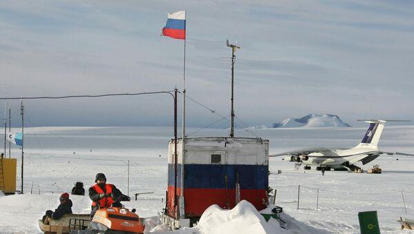 Российская научная станция Новолазаревская в Антарктиде. 2008 г. - Sputnik Таджикистан