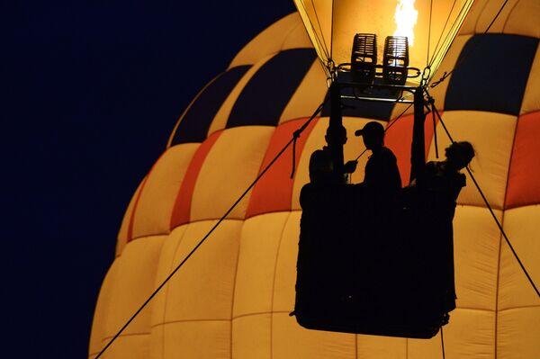 Воздушный шар. Архивное фото. - Sputnik Таджикистан