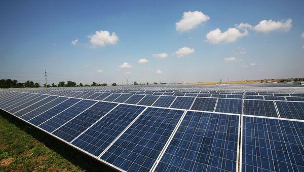 Солнечная электростанция, архивное фото - Sputnik Таджикистан
