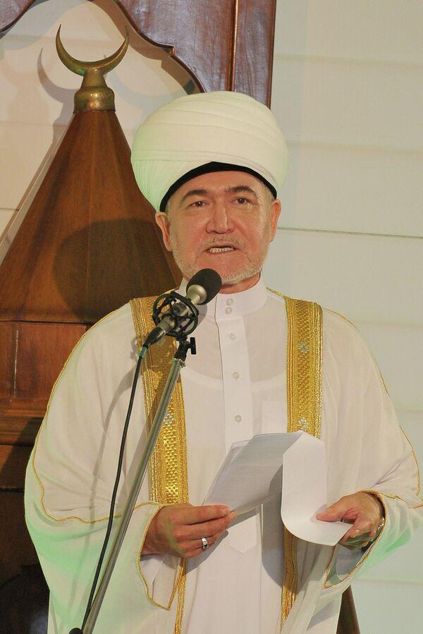 Глава Совета муфтиев России Равиль Гайнутдин. Архивное фото - Sputnik Таджикистан