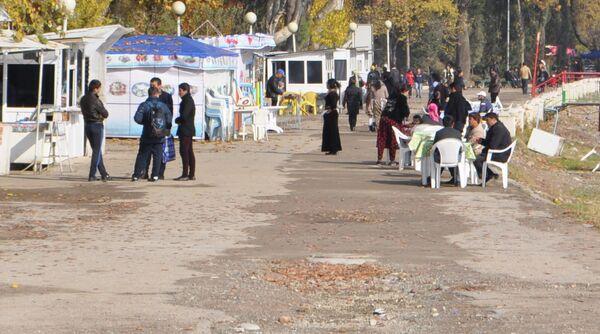 Молодежь Душанбе. Архивное фото - Sputnik Таджикистан
