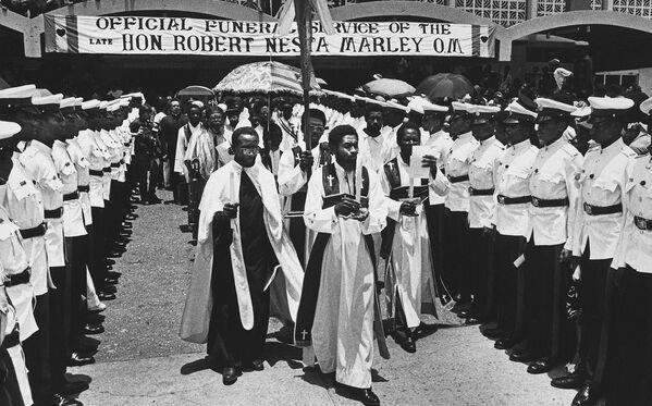 Церемония похорон Боба Марли. Архивное фото - Sputnik Таджикистан