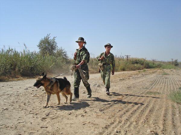 На афганской границе. Архивное фото - Sputnik Таджикистан