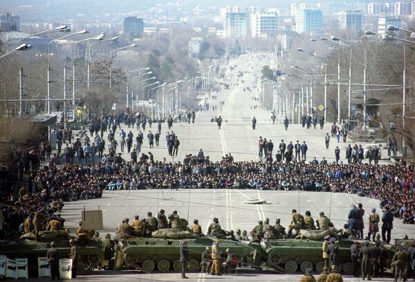 События в Душанбе в феврале 1990 года - Sputnik Таджикистан