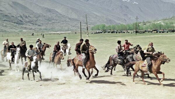 Бузкаши в Таджикистане. Архивное фото - Sputnik Таджикистан