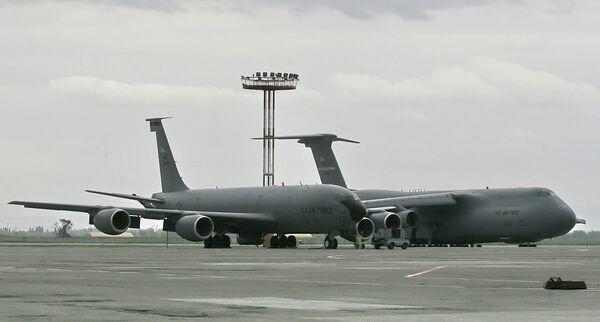 Авиабаза Военно-воздушных сил (ВВС) США «Манас». Архивное фото - Sputnik Таджикистан