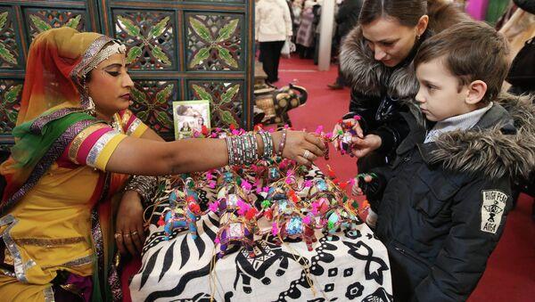 Международная Индийская выставка-продажа Товары из Индии. Архивное фото - Sputnik Таджикистан
