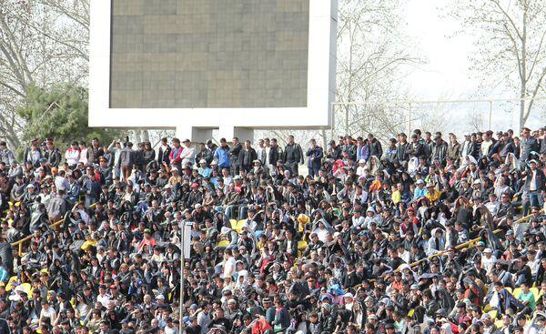 На центральном республиканском стадионе. Архивное фото - Sputnik Таджикистан