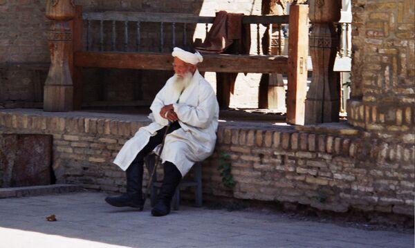 Узбекский пенсионер. Архивное фото - Sputnik Таджикистан
