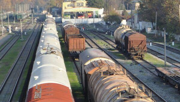 Товарные и грузовые поезда в Душанбе. Архивное фото - Sputnik Таджикистан