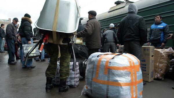 Прибытие поездов из Средней Азии в Москву. Архивное фото - Sputnik Таджикистан