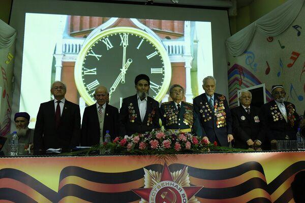 Показ кинолент, посвященных 70-летию победы в Великой Отечественной войне, стартовал во вторник в кинозале ТВ Сафина в Душанбе - Sputnik Таджикистан