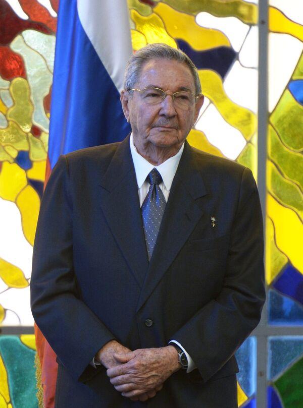 Рауль Кастро. Архивное фото. - Sputnik Таджикистан