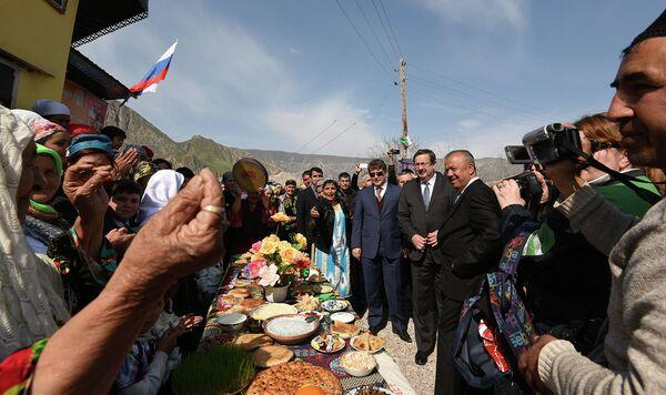Жителям Сангтуды провели трубопровод - Sputnik Таджикистан